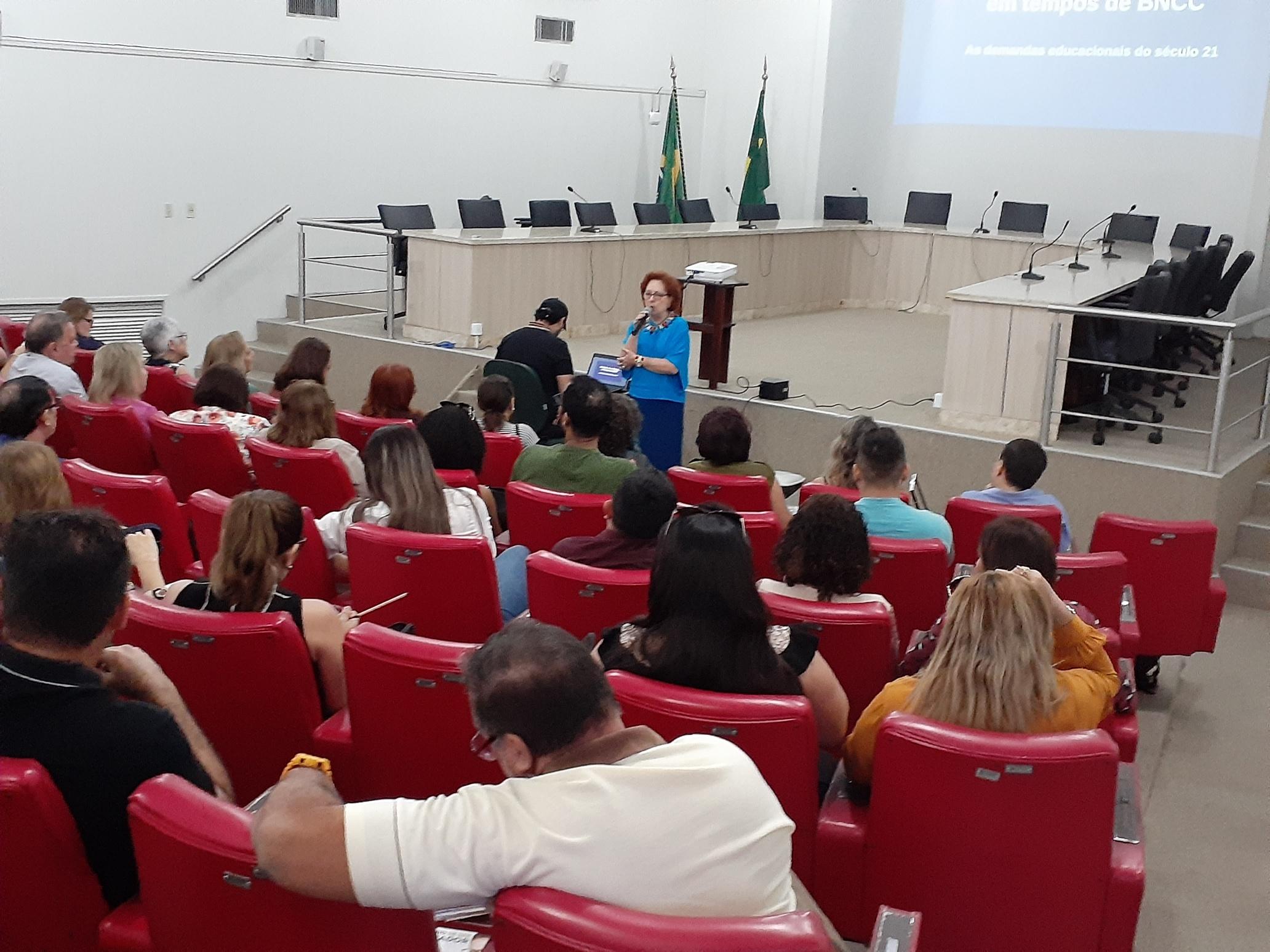 Seminário BNCC e a formação de professores